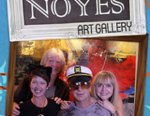 Noyes Art Gallery | Photobooth